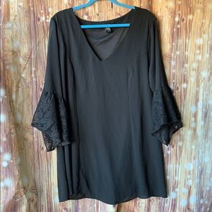 Torrid Black Lace Bell Sleeve Top Size 2